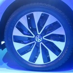2015 Volkswagen e-Golf close-up of the wheel