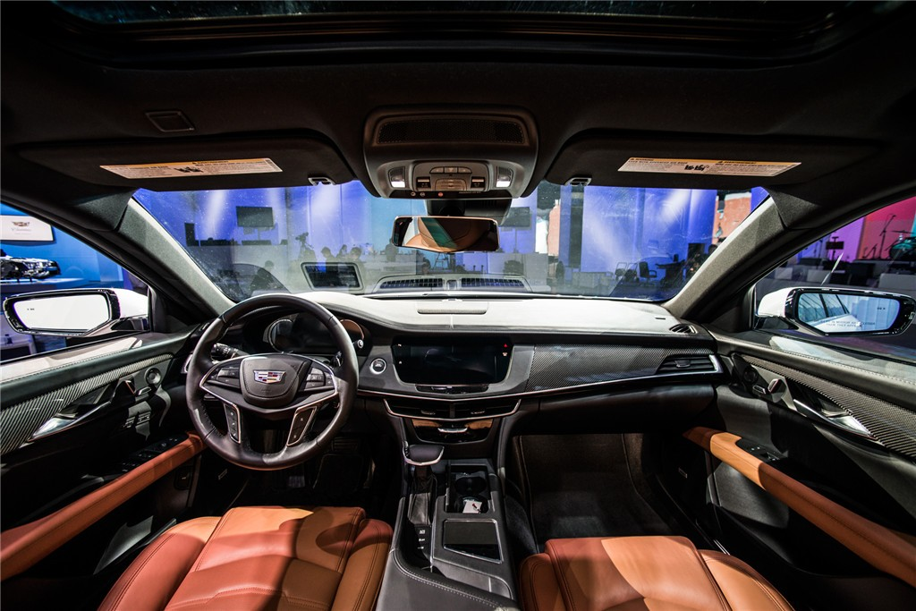 Cadillac CT6 PHEV front interior picture | My Electric Car ...