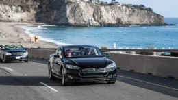 Elon Musk's personal Tesla S being tested by Motor Trend