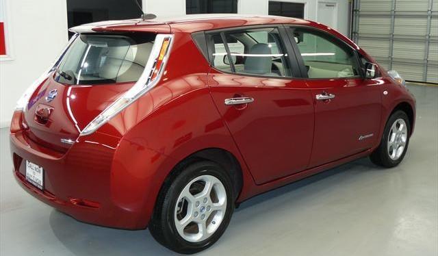 Cayenne Red Nissan Leaf Rear View