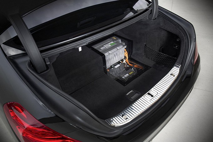 2014 Mercedes Benz S500 Plug In Hybrid Trunk Space My
