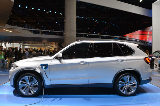 Bmw X5 Edrive Plug In Hybrid Concept Is A Suv With 62 Mpg