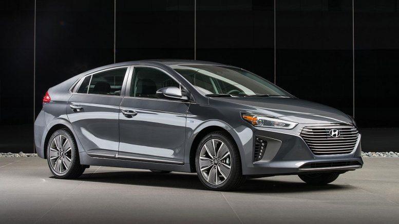 Hyundai Ioniq Next Gen Ev To Come With 200 Mile Range In 2018