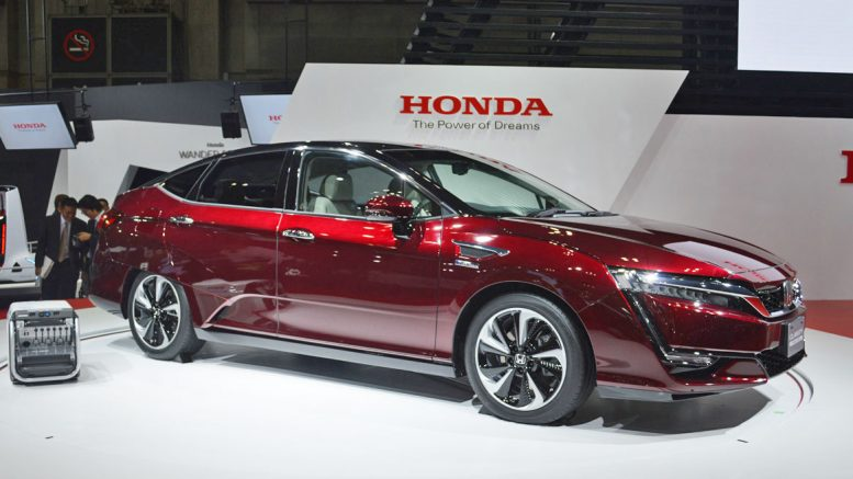 Honda Unveils Clarity Ev And Phev Replacing Accord